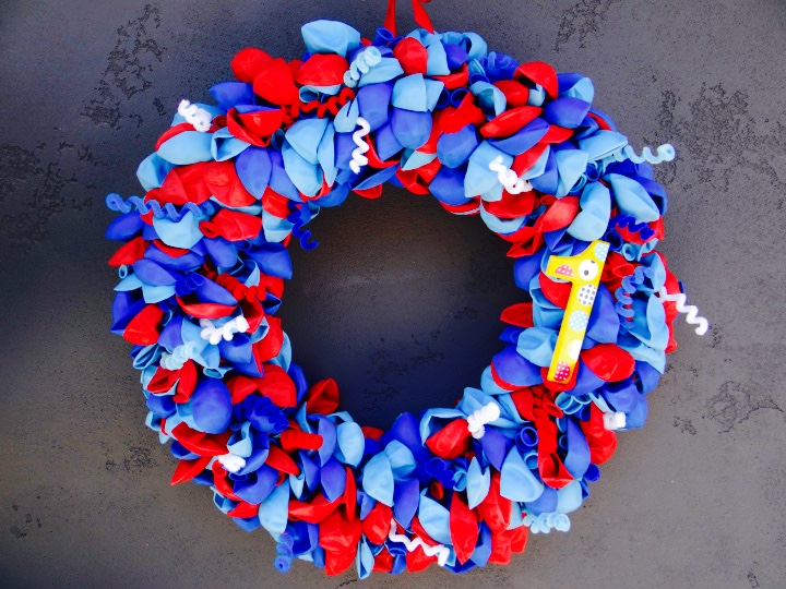 balloon wreath 3